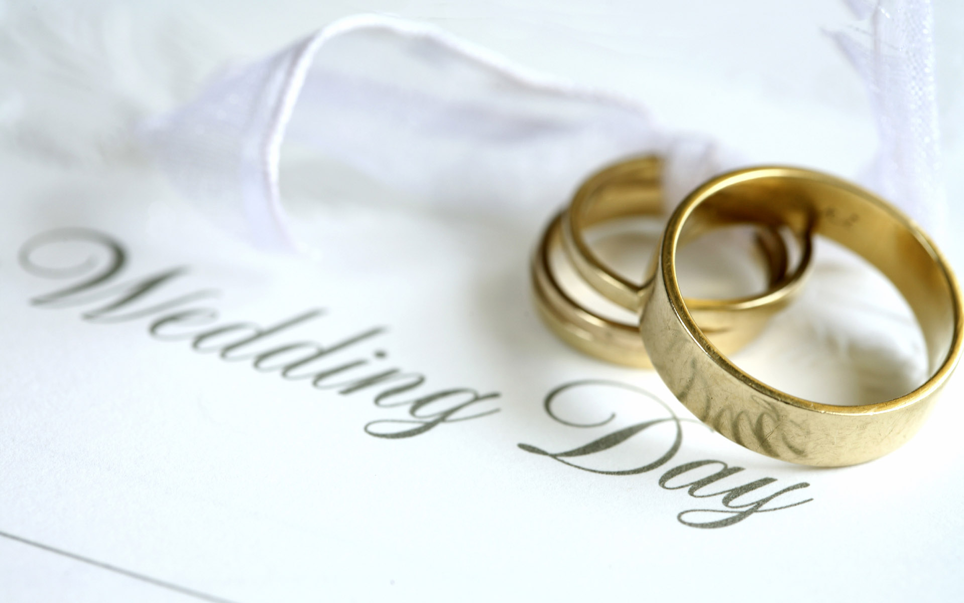 Arizona Court Orders Christian Store Owners to Make Wedding Invitations for Homosexual Couples